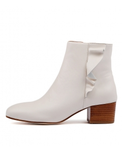 AXTONS WHITE LEATHER