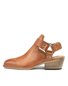 LISSAS TAN LEATHER